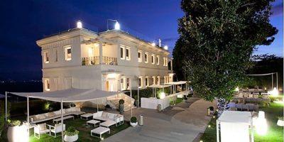 """""""Villa Diamante, Palcoscenico Napoletano Della Cucina Salutare"""""""